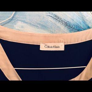 Calvin Klein XL black top with grayish trim band